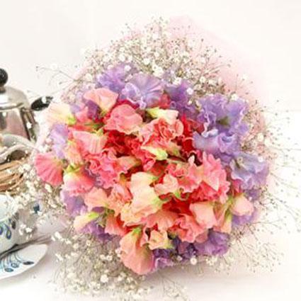 2色のスイトピーがガーリーな花束 送料無料!
