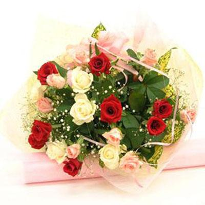 3色のバラがエレガントな花束 送料無料!