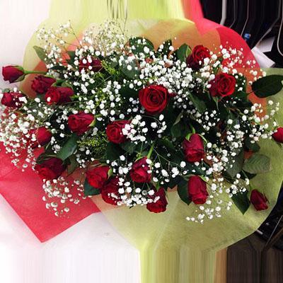 赤バラかすみ草の花束 送料無料!2