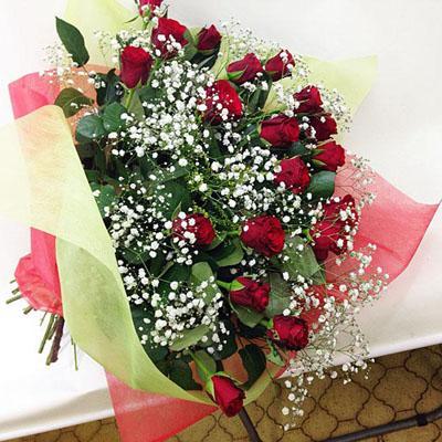 赤バラかすみ草の花束 送料無料!3